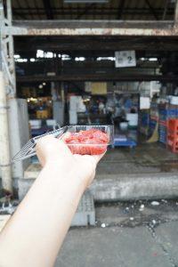 tuna vendor at inner tsukiji market