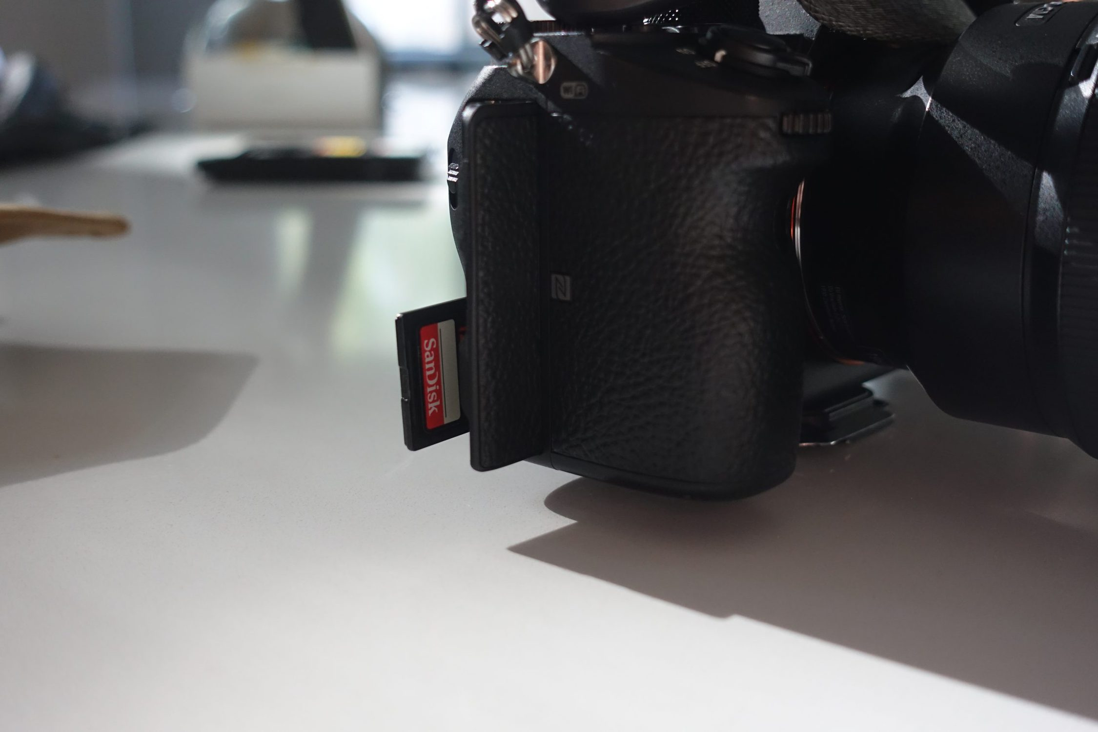 picture of sandisk sd card in camera