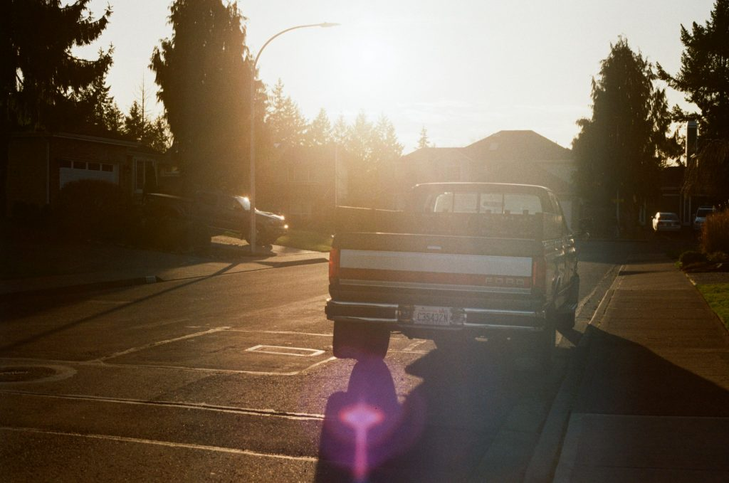 image of a truck with kodak gold 200