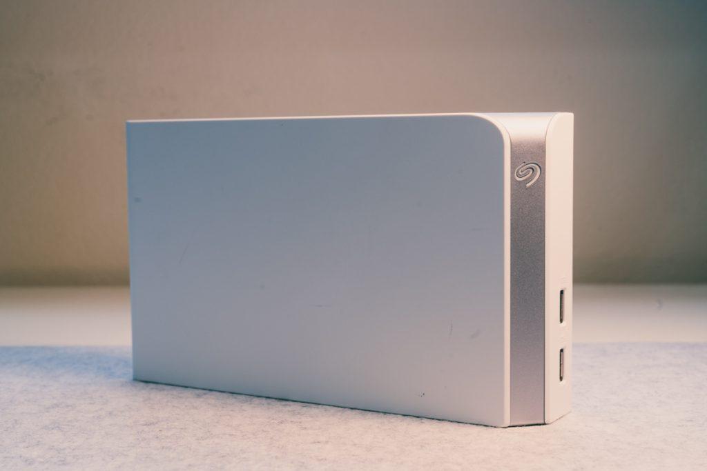 image of white seagate backup plus hub