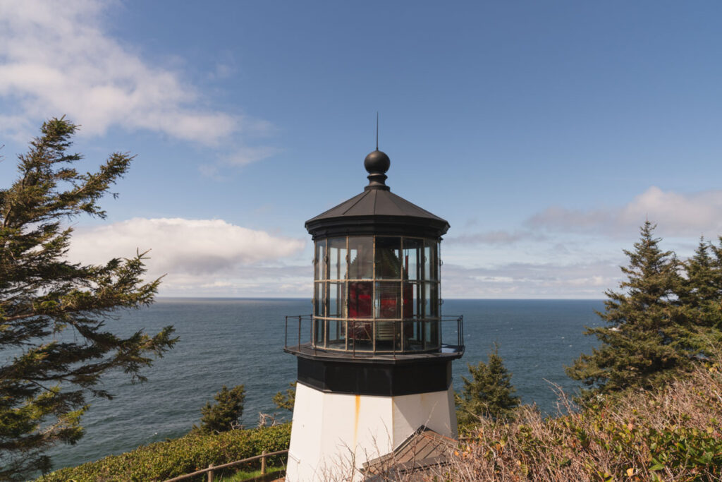 image of cape meares lighthouse